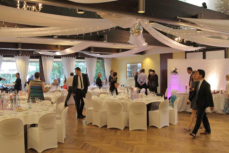 Großer Saal | Räumlichkeiten Gasthaus Restaurant Nobel Moordeich